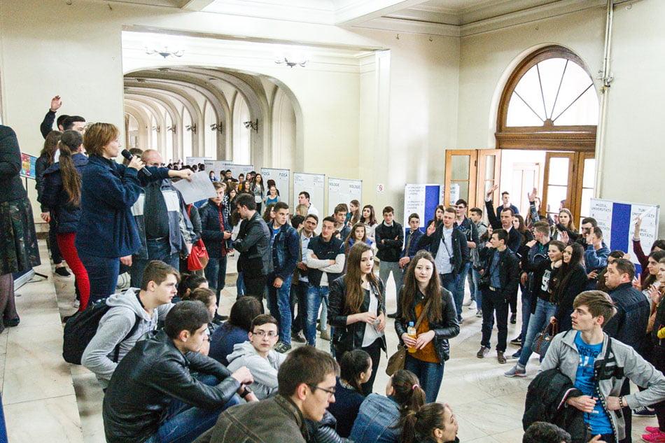 """Înscrieri pentru cele peste 200 de activități din cadrul Zilelor Porților Deschise la Universitatea """"Al. I. Cuza"""" din Iași"""