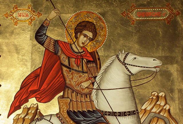 Credincioșii îl sărbătoresc luni pe Sfântul Mare Mucenic Gheorghe