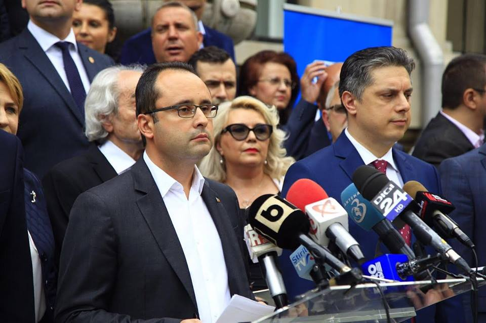 Președintele PNL Neamț îl susține pe Cristian Bușoi pentru șefia PNL