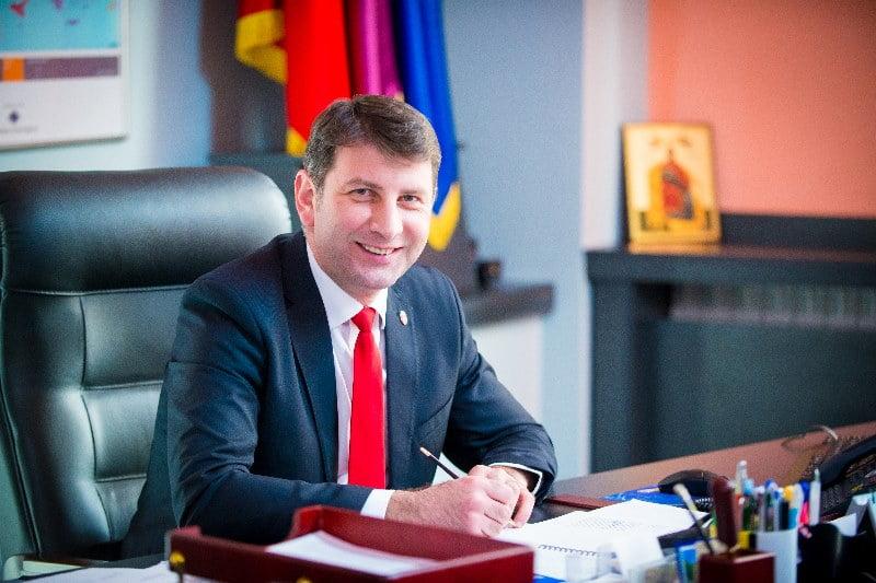 Numărătoare paralelă: Lucian Micu, primar ales al Romanului