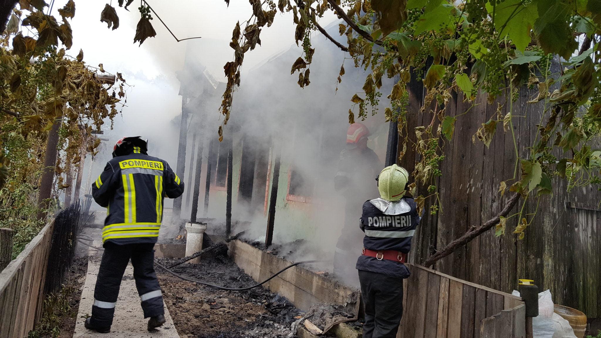 Patru incendii într-o singură zi