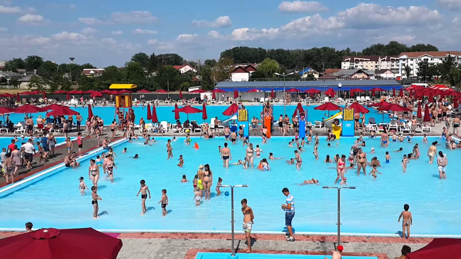 """Intrare gratuită în ștrand pentru romașcanii care donează sânge. O nouă ediție a campaniei """"Romașcanii salvează vieți"""""""