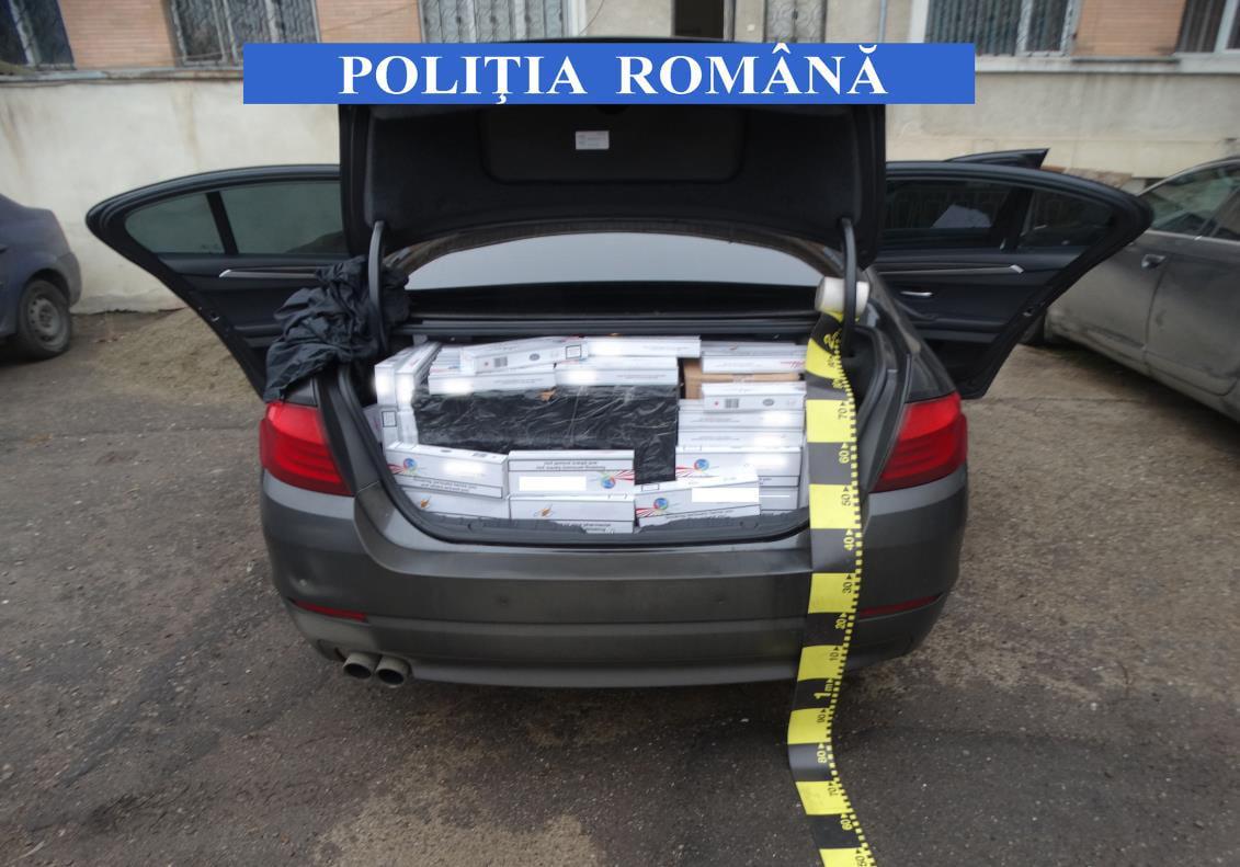Depistat pe strada Ștefan cel Mare cu 6.400 de pachete de țigări de contrabandă