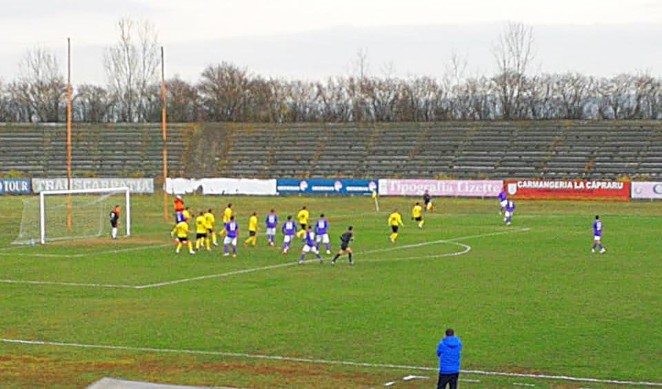 Victorie la scor pentru fotbaliștii CSM Roman