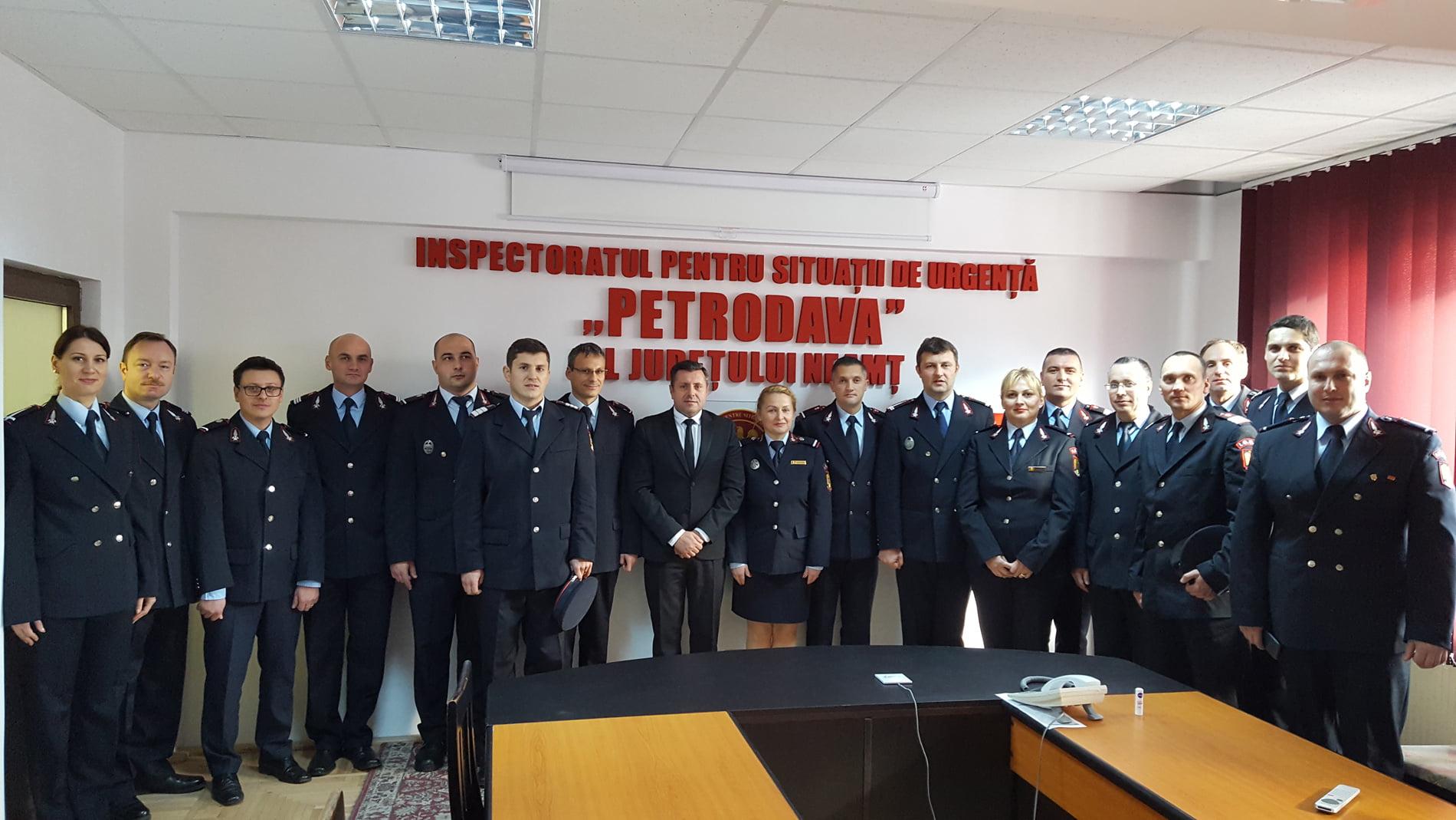 Avansări în grad cu ocazia Zilei Naţionale, la ISU Neamț