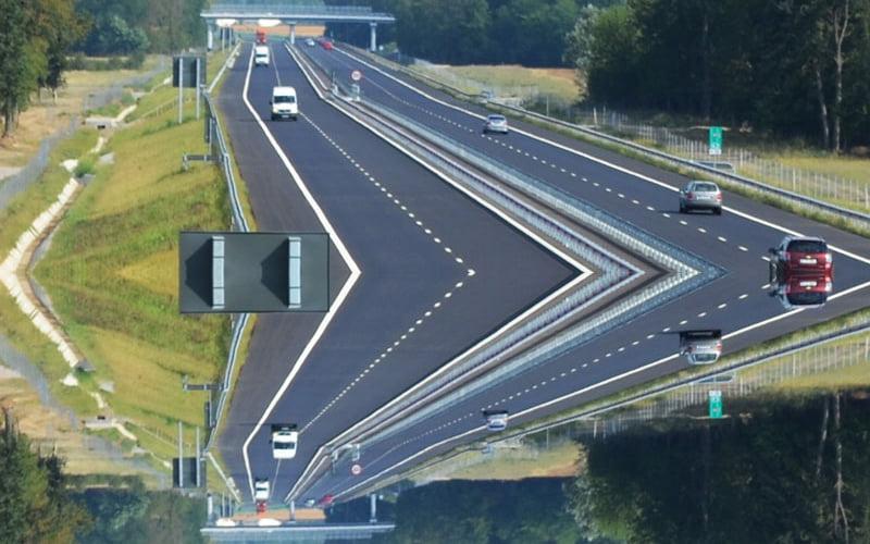 """Ministrul Transporturilor spune una, Ministerul pe care îl conduce transmite altceva. """"Legătura cu Moldova e o prioritate absolută, din care face parte Autostrada Tg. Mureș – Tg. Neamț – Iași"""""""
