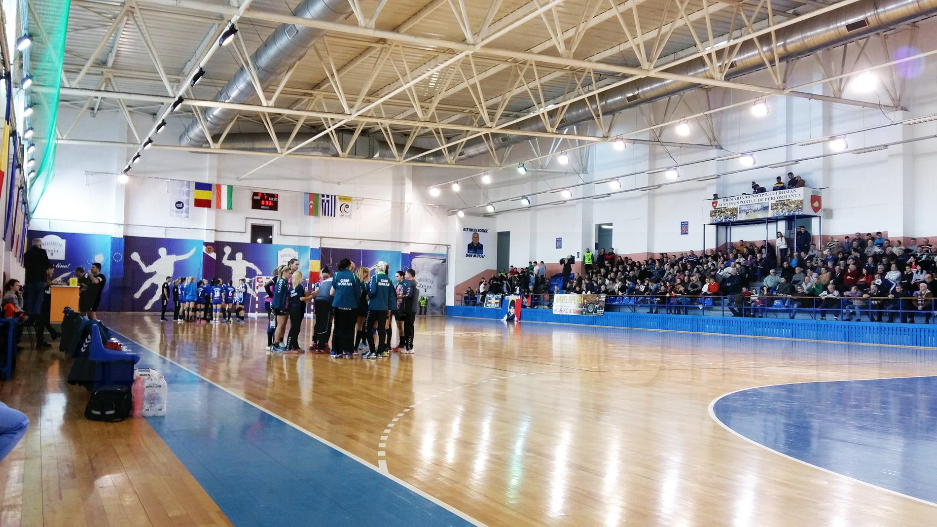 Sancțiuni la echipa de handbal CSM Roman, după rezultatele dezamăgitoare din ultima perioadă