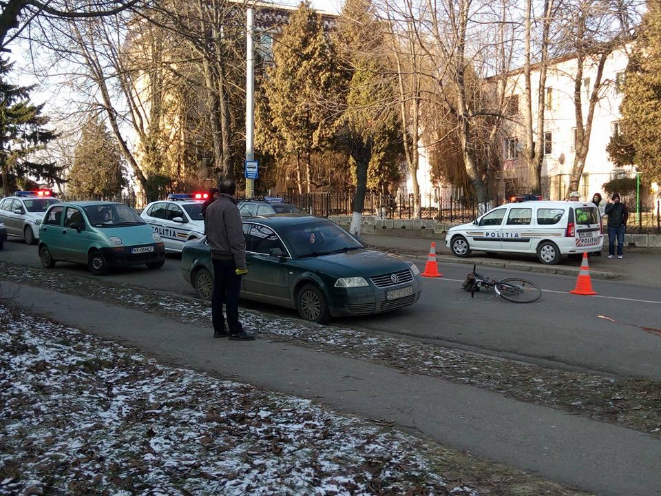 Biciclist rănit într-un accident pe strada Mihai Viteazu