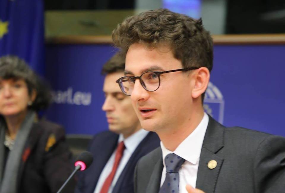 """Deputatul USR Iulian Bulai: """"Publicarea unui raport de activitate trebuie să fie un gest de normalitate pentru un parlamentar"""""""
