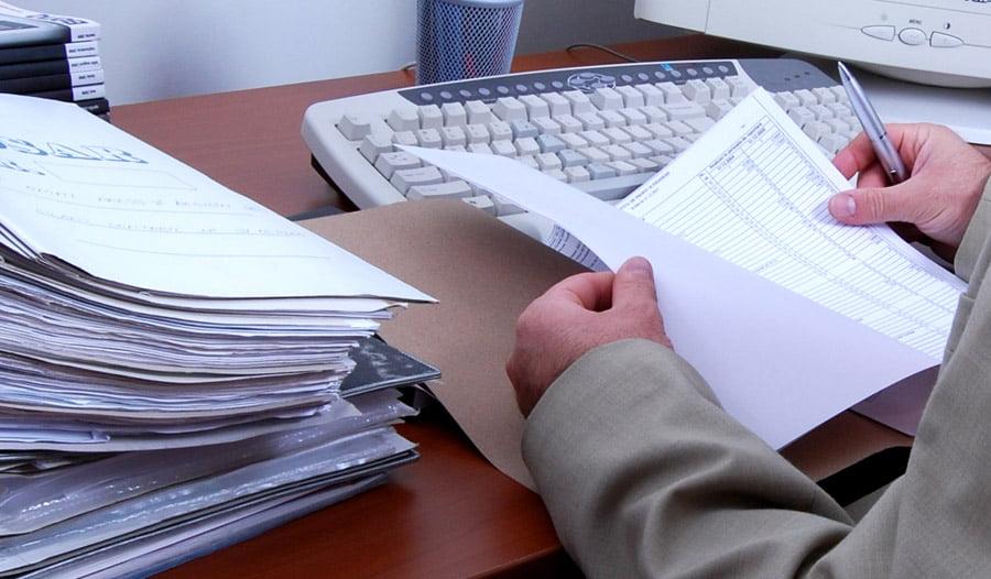 Contribuabilii primesc clarificări referitoare la noutăţile legislative fiscale