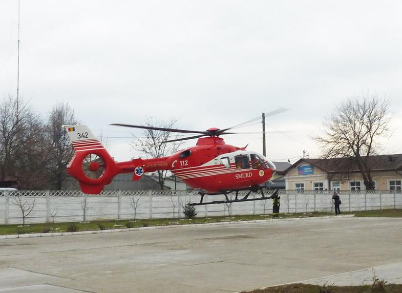 Tânăr transportat cu elicopterul la București, după ce a suferit arsuri pe o treime din suprafața corpului