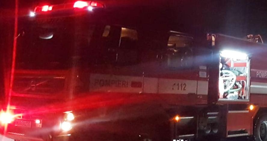 Intoxicat cu fum, după un incendiu produs pe strada Anton Pann