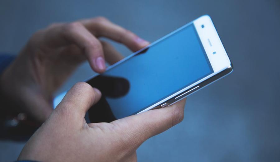 CJPC Neamț: Sute de reclamații împotriva operatorilor de telefonie și TV, în ultimii ani