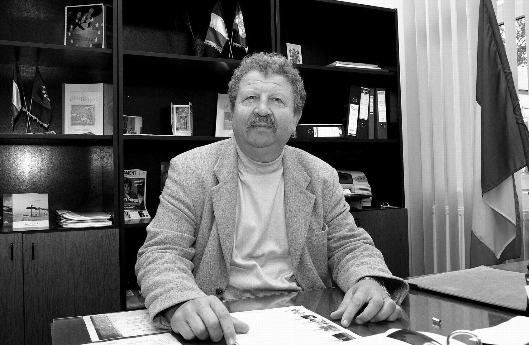 Profesorul Dan Zaharia s-a stins din viață