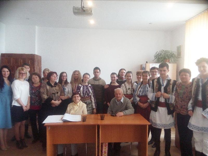 """Scriitorul basarabean Vladimir Beșleagă, întâlnire de suflet la Liceul """"Vasile Alecsandri"""" din Săbăoani"""