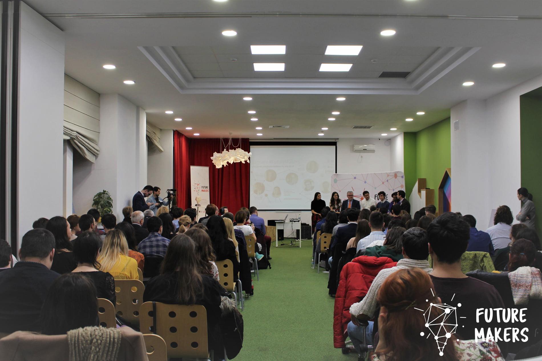 Competiția Future Makers, cu premii de 20.000 de euro, vine la Roman