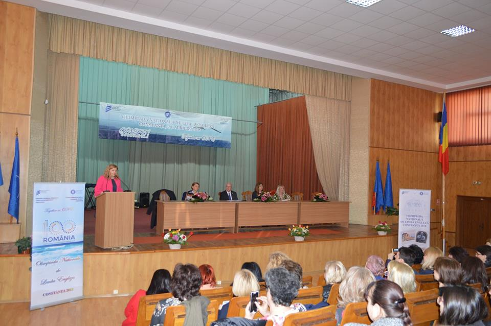 """Elevă a Colegiului Național """"Roman-Vodă"""", premiată la Olimpiada națională de Limba engleză"""