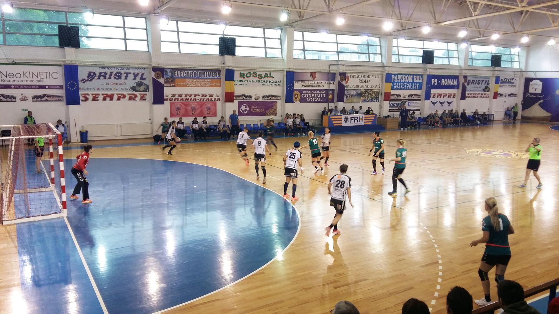 Handbalistele CSM Roman încheie sezonul cu o înfrângere pe teren propriu