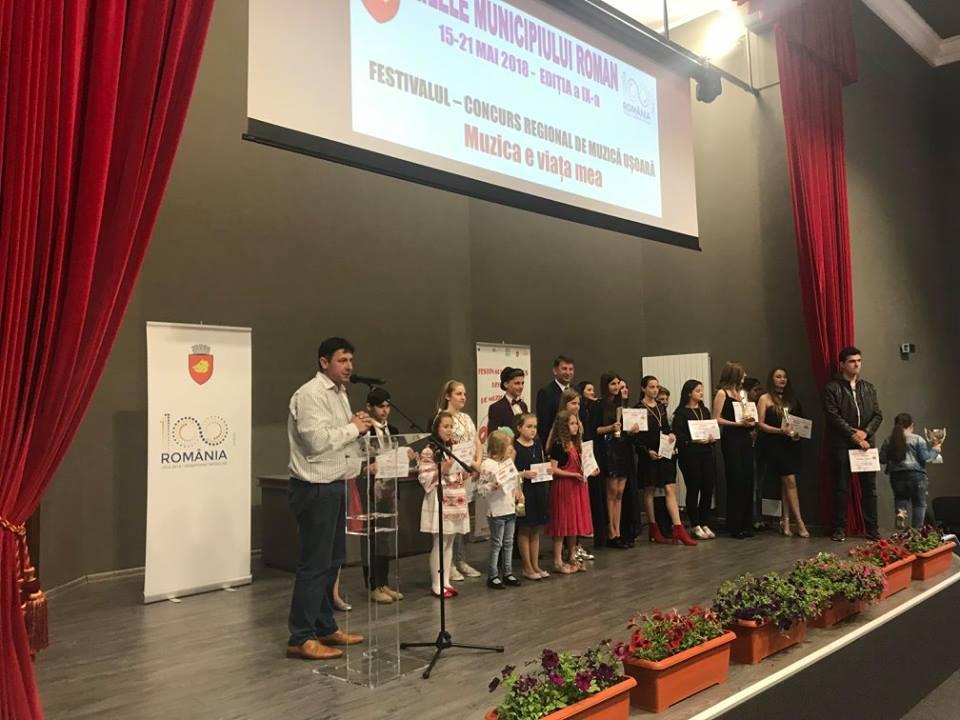"""Câștigătorii Festivalului-concurs regional de muzică ușoară pentru copii """"Muzica e viața mea"""""""