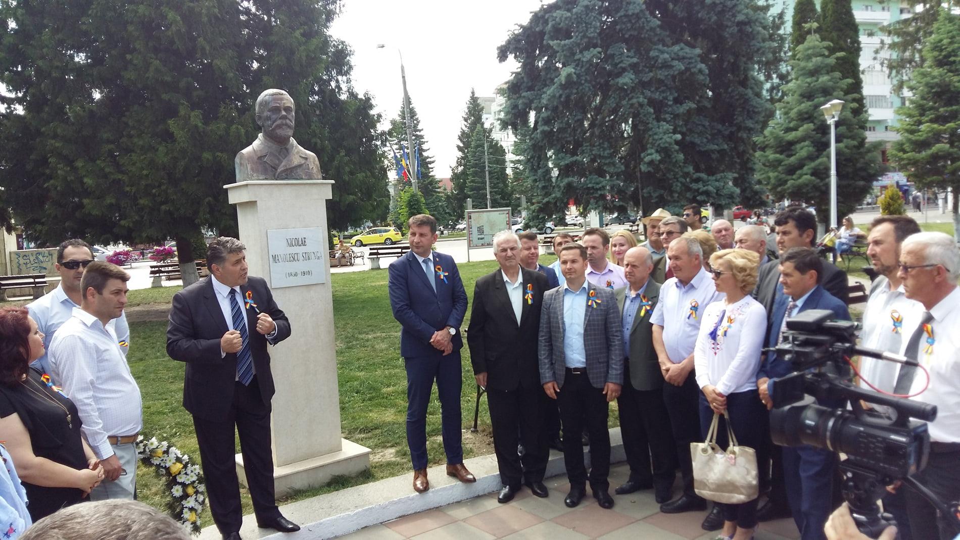 Liberalii romașcani au sărbătorit 143 de ani de la înființarea PNL