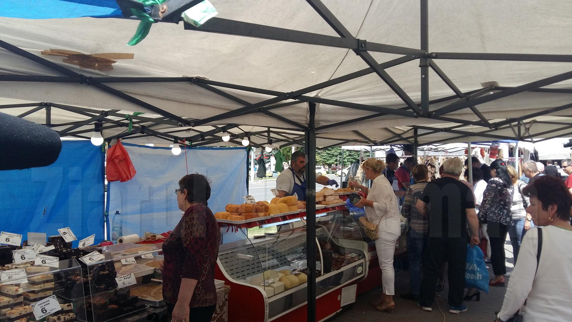 S-a deschis Festivalul tradițional al meșteșugarilor, în centrul Romanului