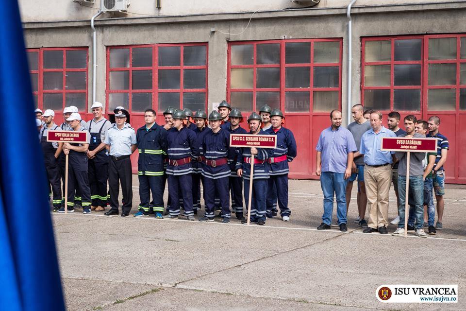 Salvatorii de la Cersanit și Săbăoani, medaliați la etapa interjudețeană a concursurilor serviciilor pentru situații de urgență