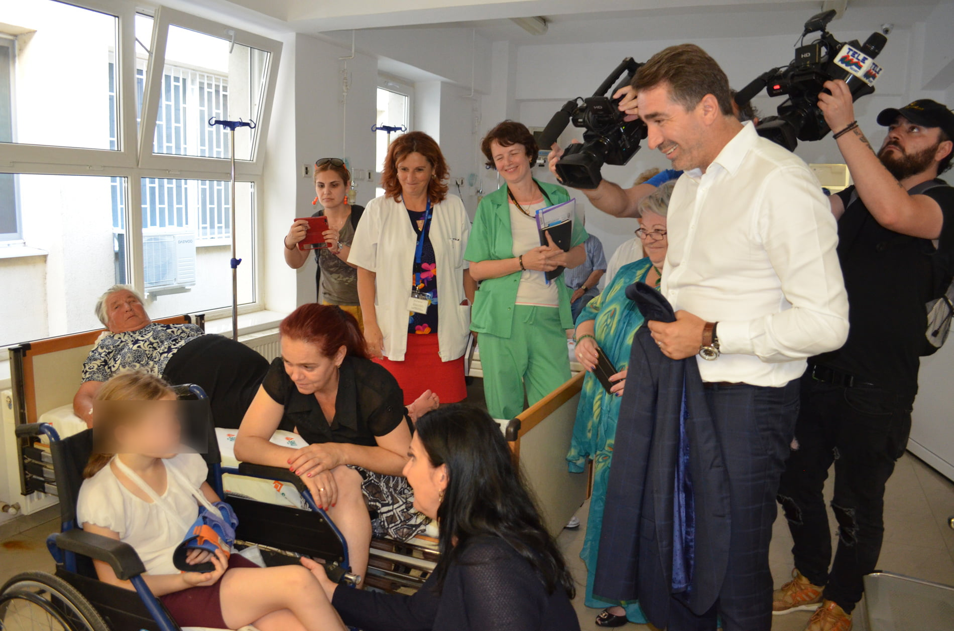 Ministrul Sănătății spune că va ajuta Spitalul Roman