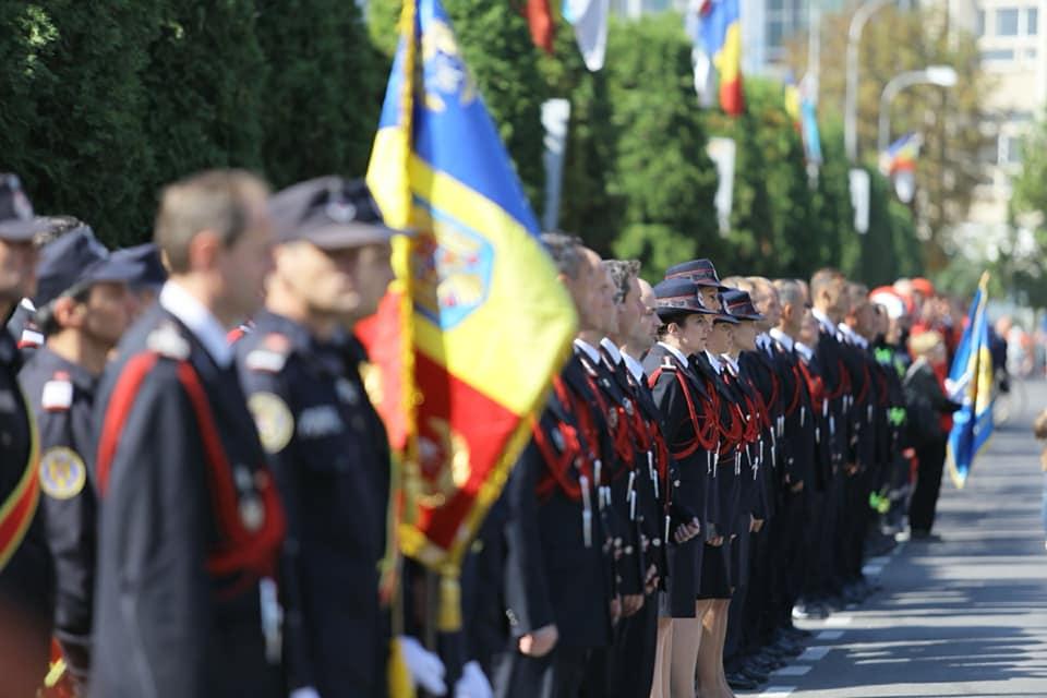 Avansări în grad în cadrul ISU Neamț cu ocazia Zilei Pompierilor