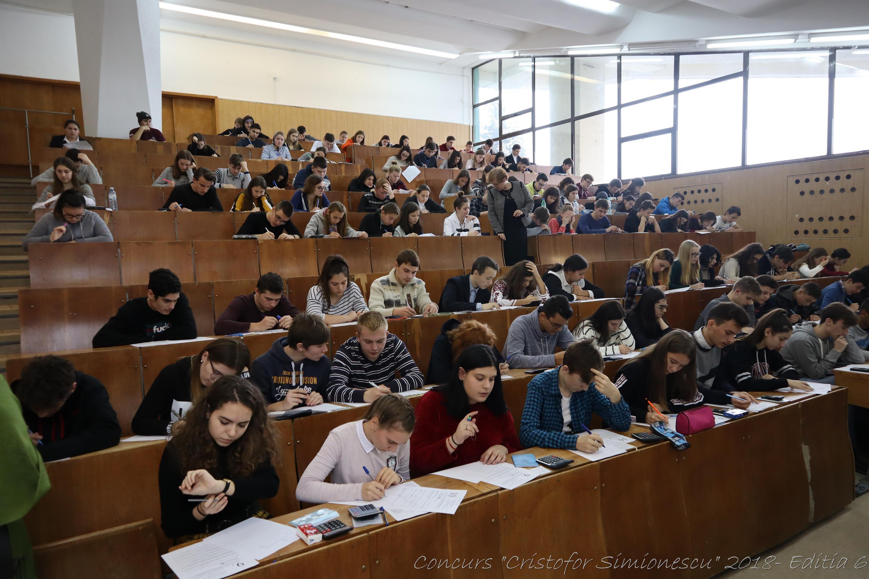 """Elevi din Roman și Săbăoani, premiați la Concursul de Chimie """"Academician Cristofor Simionescu"""""""
