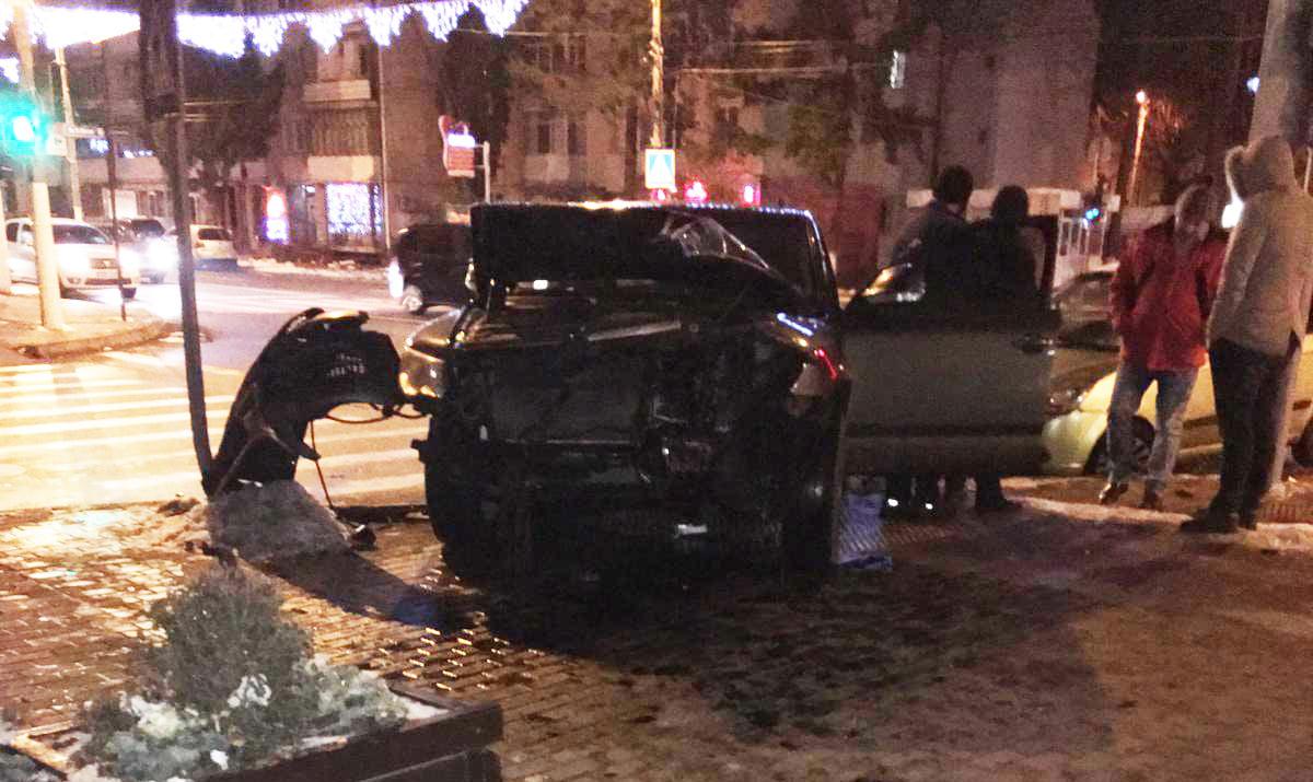 Accident soldat cu rănirea unui bebeluș, pe bulevardul Roman Mușat