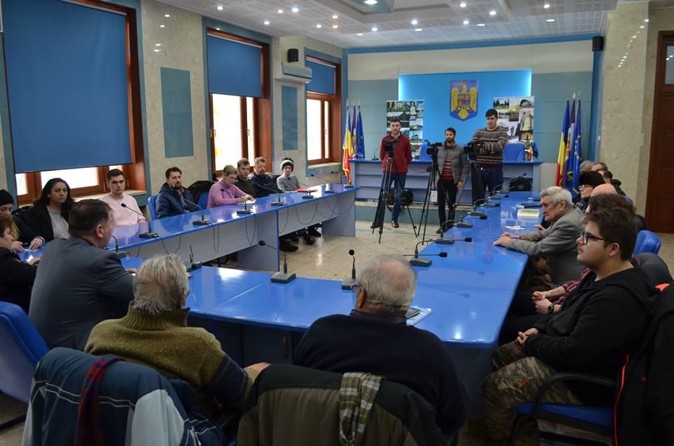 ONG-urile din Roman pot obține finanțări de 200.000 de lei
