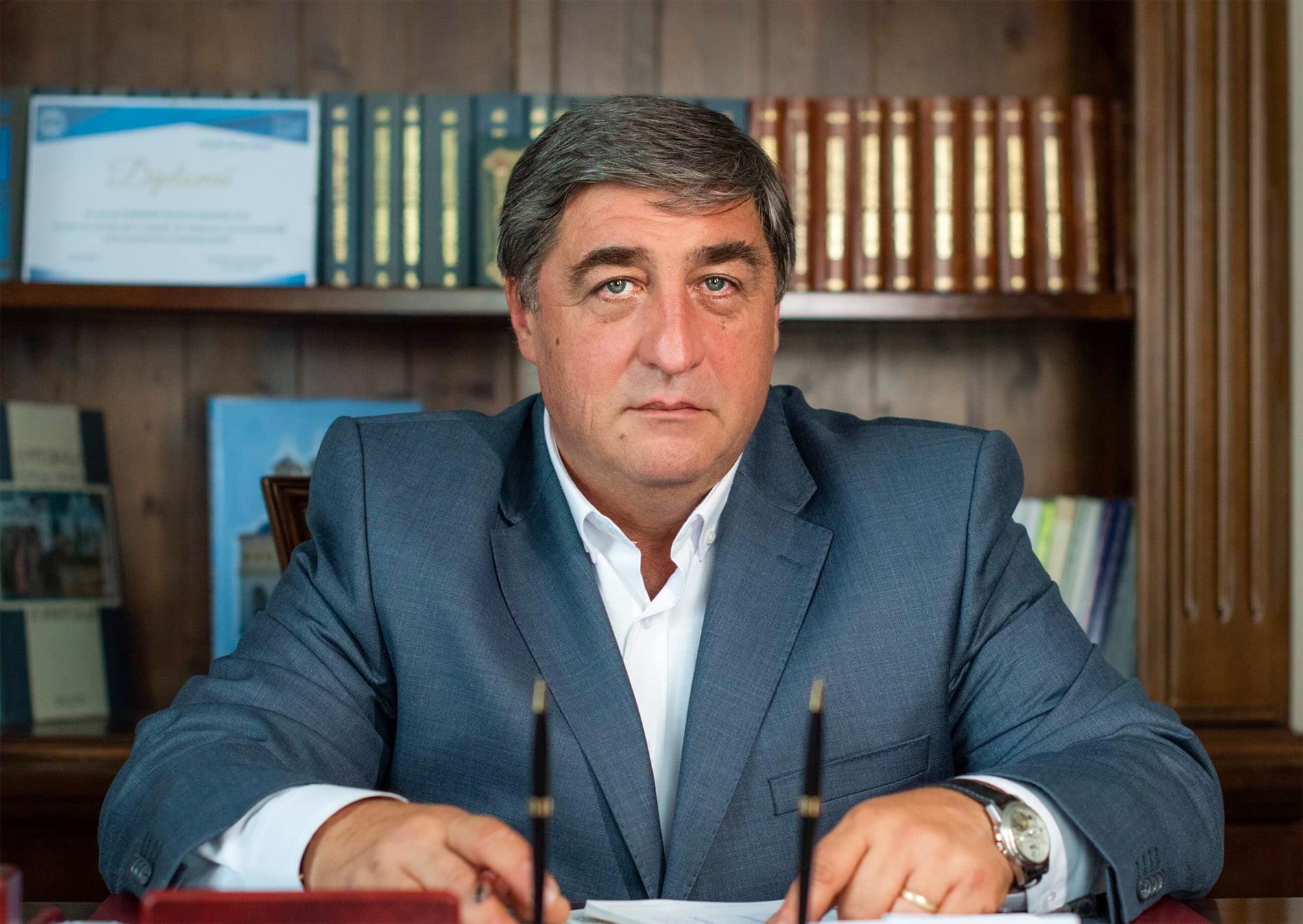 """Senatorul Dan Manoliu: """"Voi propune suspendarea consilierilor locali ai PSD Roman din calitatea de membru de partid"""""""