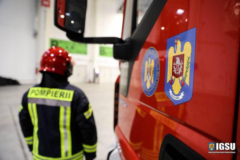Peste 200 de nereguli descoperite de pompieri la bisericile din județ