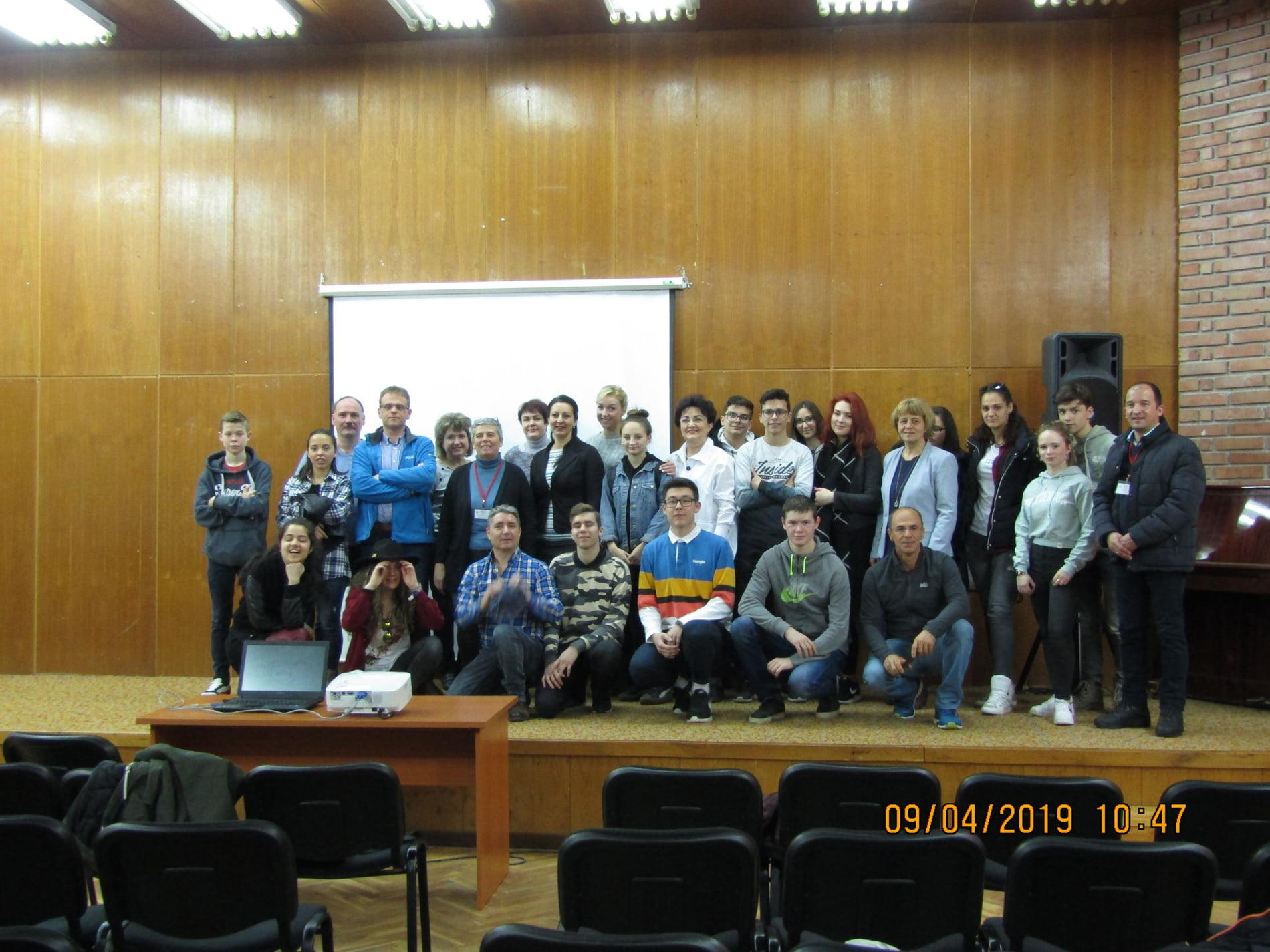 """Liceul """"Vasile Sav"""", reprezentat în cadrul vizitei de proiect Erasmus+ pe malul râului Bistrița, în Bulgaria"""