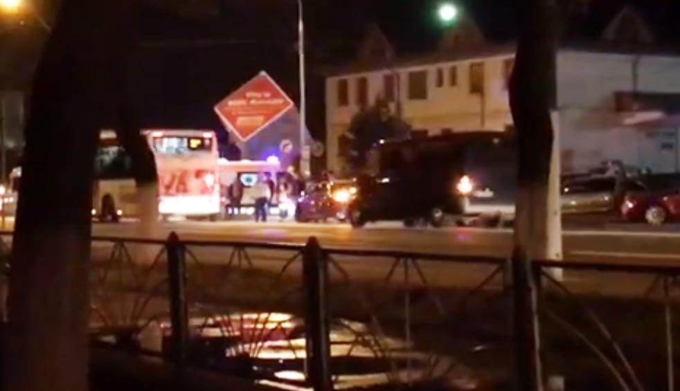 Copil lovit de o mașină după ce ar fi traversat neregulamentar, în zona Gării