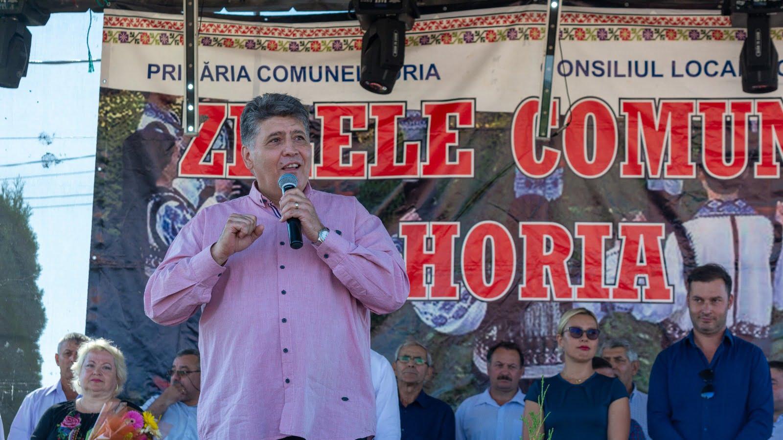 """Deputatul Laurențiu Leoreanu: """"Nu e o satisfacție mai mare pentru un om politic decât aceea de a fi printre cei pe care îi reprezintă"""""""
