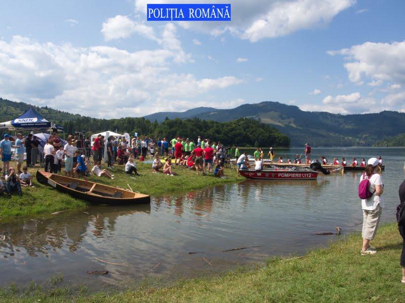 Echipajul de canotori al IPJ Neamț, câștigător în cadrul concursului de la Water Music Festival