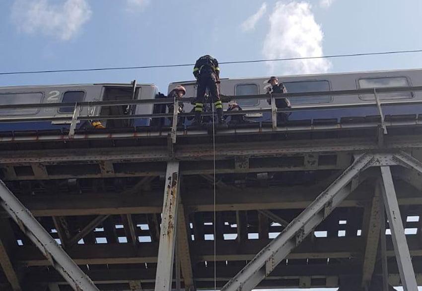 [FOTO] Exercițiu spectaculos al pompierilor nemțeni
