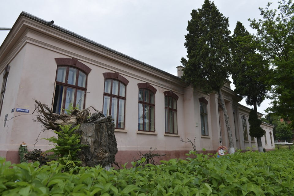 """Corpul B al Școlii """"Vasile Alecsandri"""" este modernizat"""