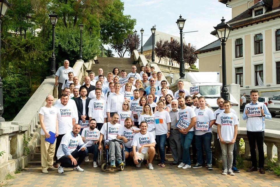 Candidatul USR PLUS la prezidențiale, Dan Barna, în vizită la Piatra Neamț