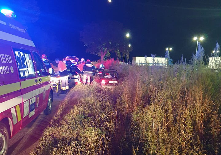Accident cu patru victime produs de o tânără de 18 ani