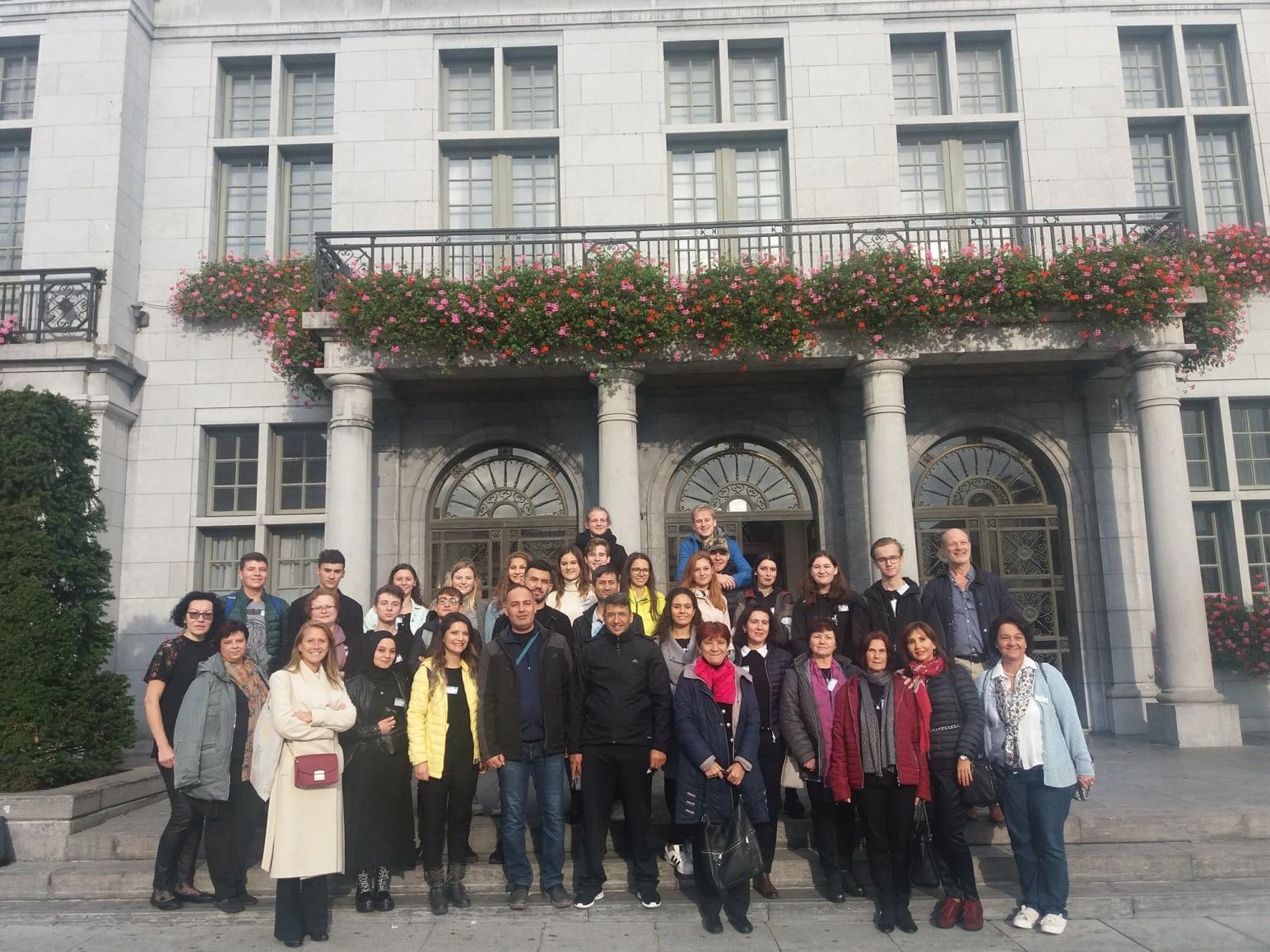 """Vizită în Belgia a elevilor și profesorilor Colegiului Tehnic """"Petru Poni"""", în cadrul proiectului """"Hooked on Mathematics"""""""
