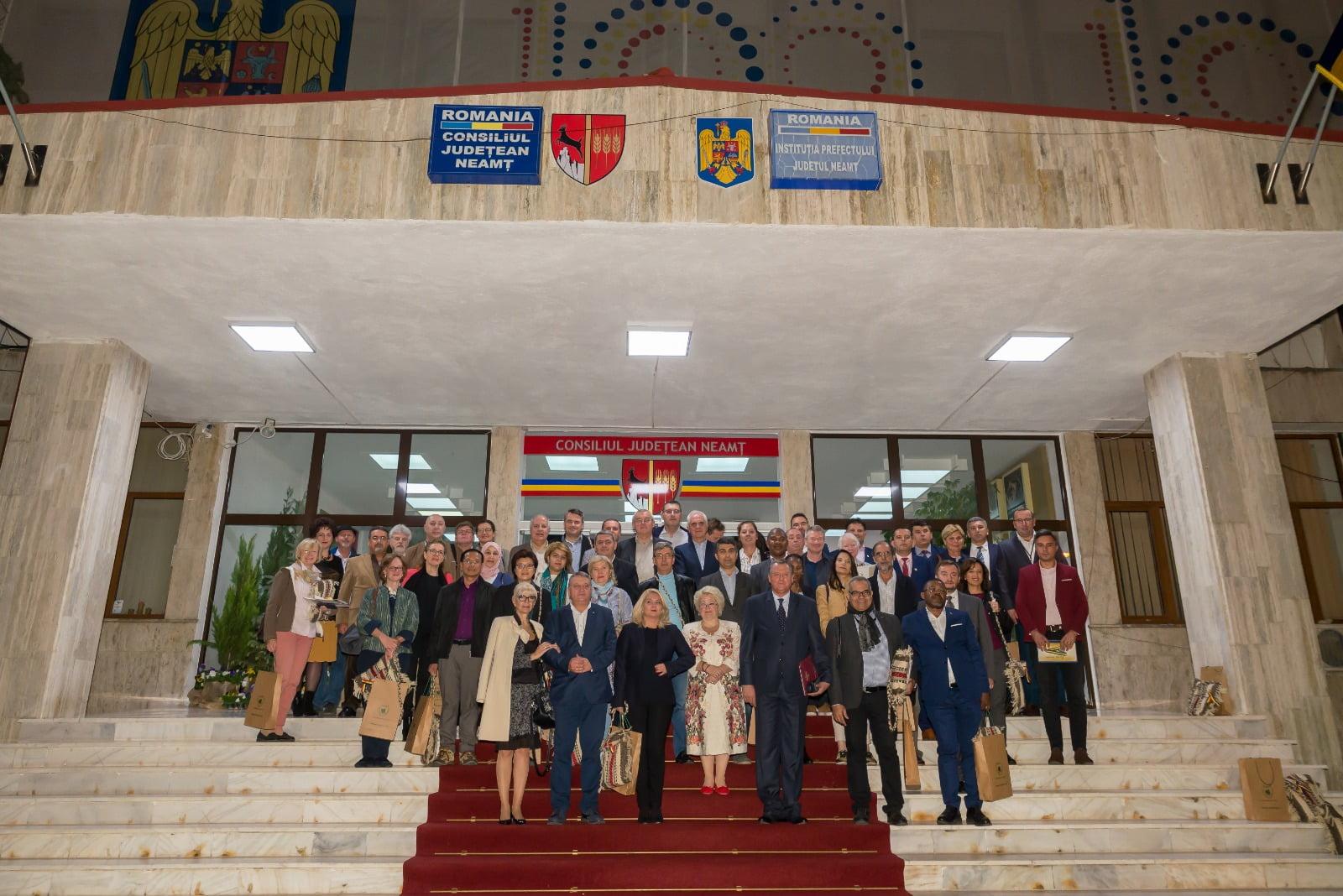 Județul Neamț ar putea să extindă relațiile economice bilaterale cu 24 de state