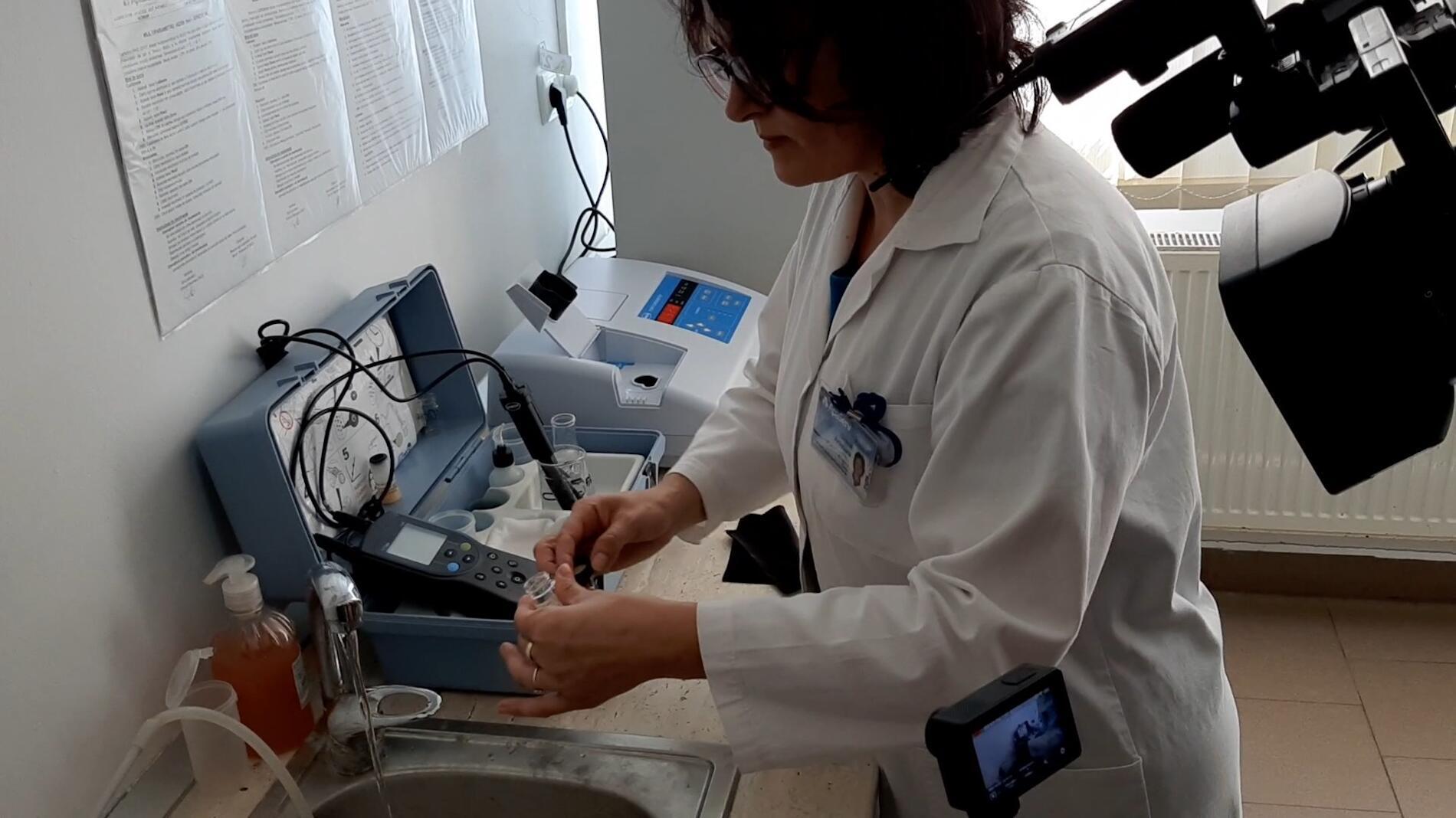 Ce fel de apă au romașcanii la robinete