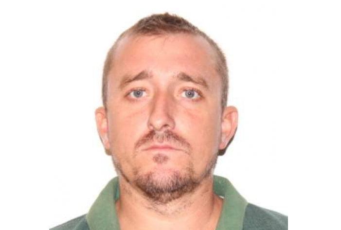 Bărbat din Doljești dat dispărut de soție, căutat de polițiști