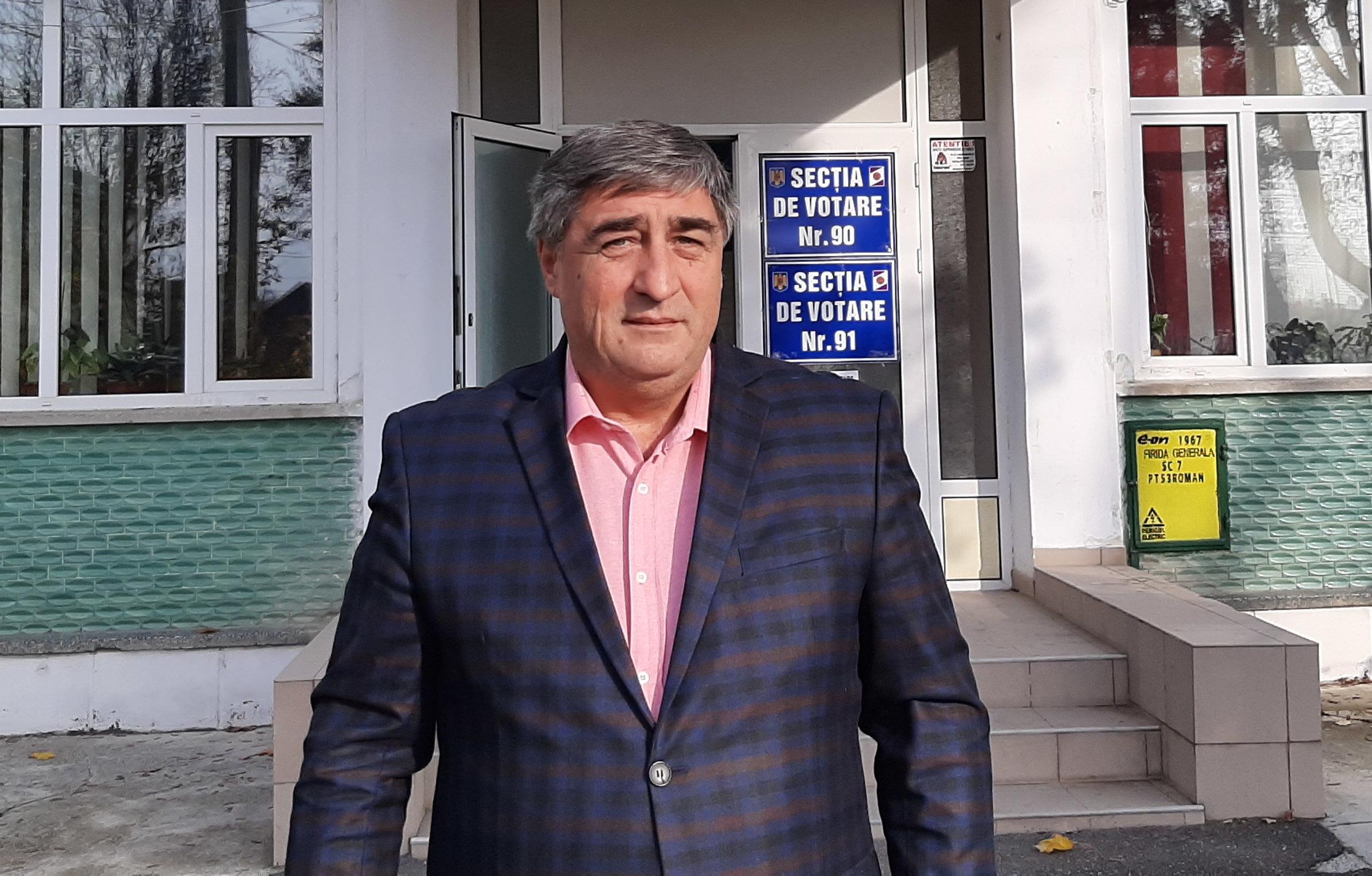 """Senatorul Dan Manoliu: """"Alegerile de astăzi vor da direcția înspre care se va îndrepta statul român"""""""