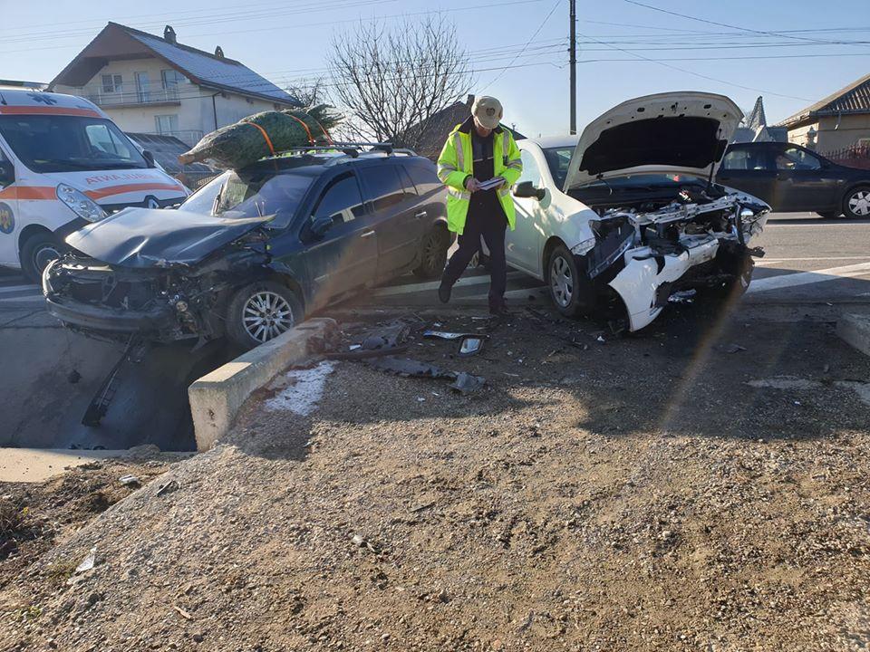 Accident rutier cu trei victime pe E85, la Traian