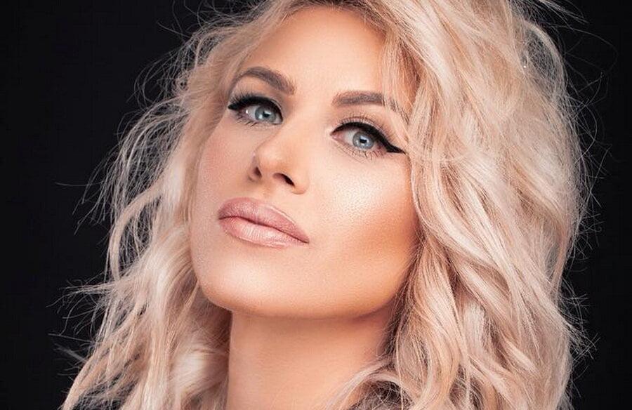 Amna va cânta de Revelion, în Piața Roman Vodă