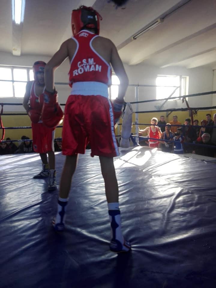 """Lotul de box CSM Roman, câștigător la Cupa """"1 Decembrie"""""""