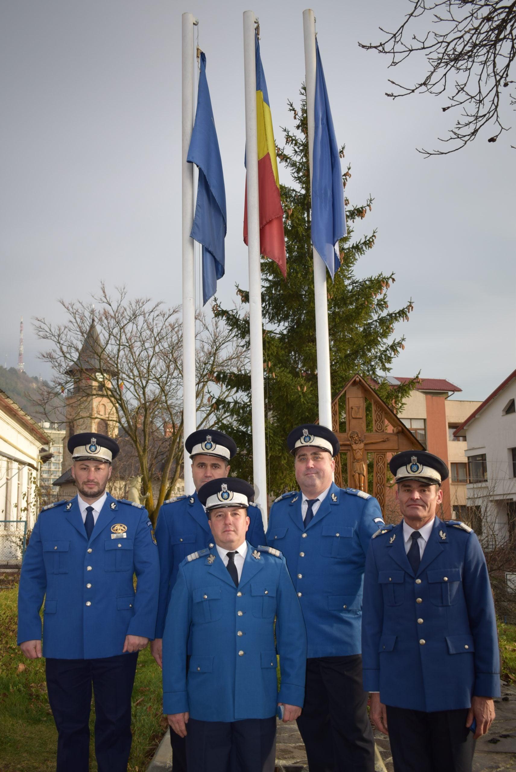 Cinci jandarmi au fost avansați în grad de Ziua Națională a României